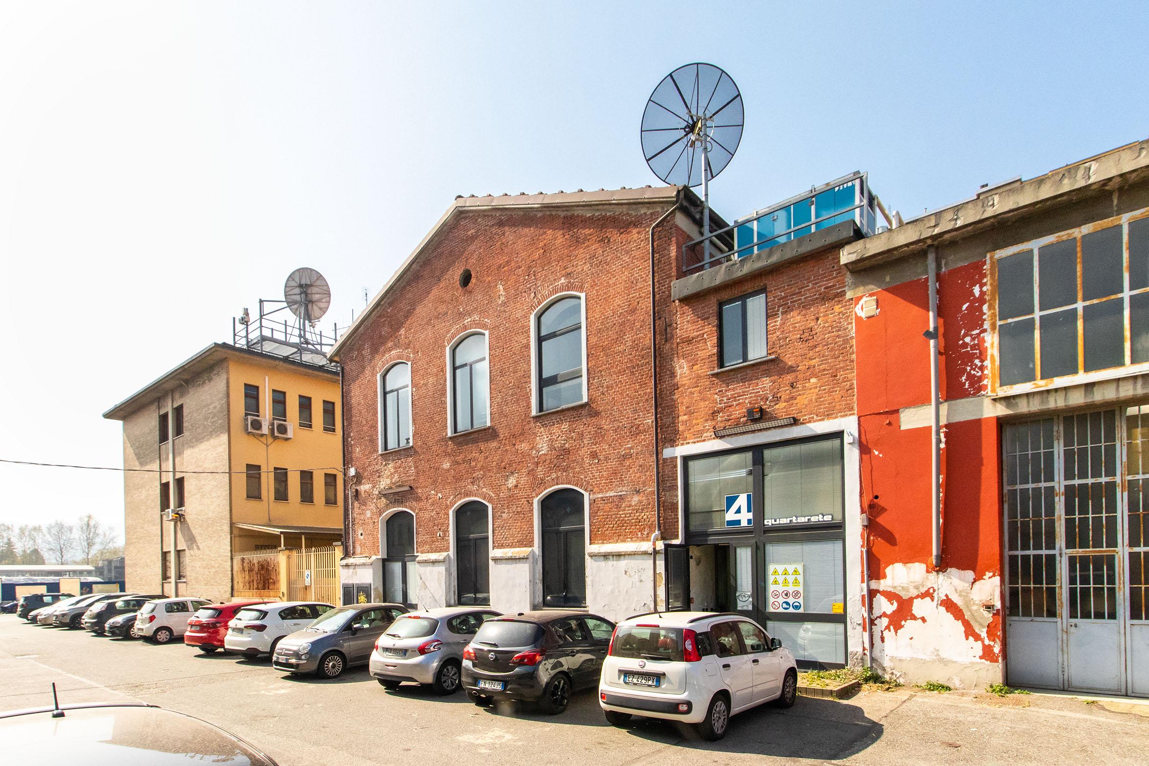 Palazzina Uffici: Corso Novara, Barriera di Milano, Torino