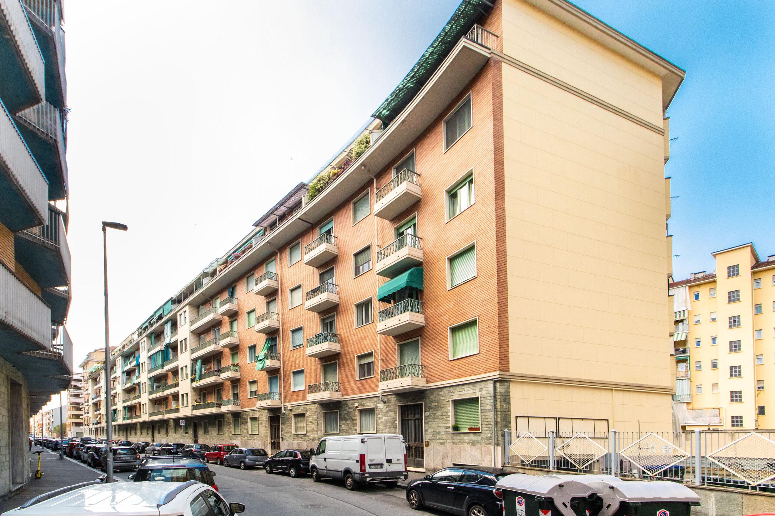 Magazzino: Via Oslavia, 75, Vanchiglietta, Torino